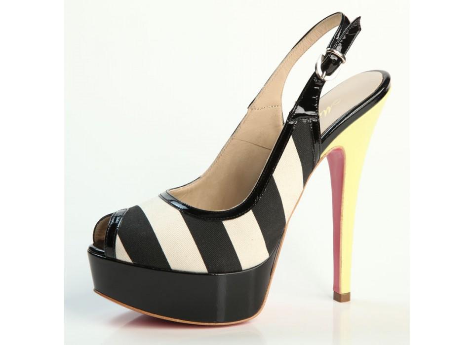 Scarpe donna Chanel tessuto e vera pelle nero tacco alto con plateau 97cffce3ff4